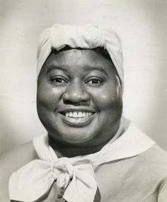 """Hattie McDaniel it wasn't easy being a black actress in Hollywood in (Or ever, really. McDaniel was truly unforgettable in """"Gone With the Wind. Hollywood Stars, Classic Hollywood, Old Hollywood, Hollywood Boulevard, Black Actresses, Actors & Actresses, Black Actors, Divas, Hattie Mcdaniel"""