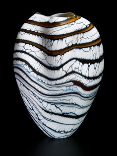Peter Layton |  Glass vessel.  http://www.londonglassblowing.co.uk