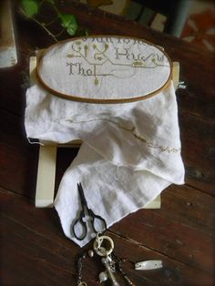 Sit & Stitch© Hoop Stand from Notforgotten Farm image 4 Hand Work Embroidery, Hand Embroidery Designs, Farm Images, Quilting Frames, Wooden Embroidery Hoops, Wooden Hoop, Tambour, Punch Needle, Cross Stitching