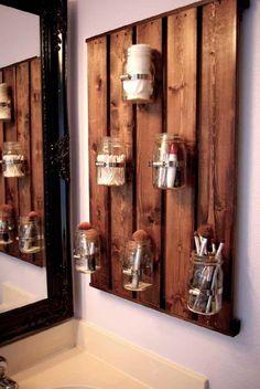 20 Decorative Mason Jar Crafts - Yes Missy! 20 Decorative Mason Jar Crafts - Yes Missy! 20 creative mason jar crafts to decorate your home. Mason Jar Crafts, Mason Jar Diy, Mason Jar Bathroom, Mason Jar Storage, Mason Jar Shelf, Diy Casa, Ball Jars, Bathroom Storage, Pallet Bathroom