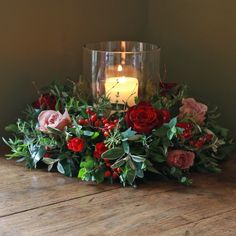The Real Flower Company Christmas Luxury Antique and Red Rose Table Wreath Candle Arrangements, Christmas Flower Arrangements, Christmas Table Centerpieces, Christmas Flowers, Flower Centerpieces, Xmas Decorations, Christmas Home, Floral Arrangements, Christmas Wreaths