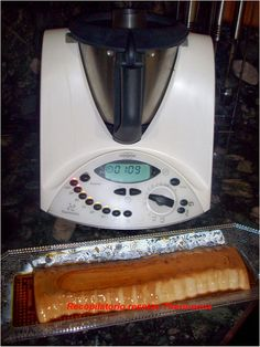 Recopilatorio de recetas : Postres navidad en Thermomix - Compilation of recipes: Desserts Christmas in Thermomix Christmas Desserts, Christmas Time, Thermomix Desserts, Mousse Cake, Bellini, Drip Coffee Maker, Recipies, Empanadas, Sin Gluten