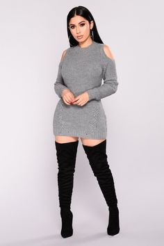 Tops for Women - Shop Affordable Tops in Every Style – translation missing: en.page : Crosstown Cold Shoulder Sweater - Heather Grey Curvy Outfits, Cute Casual Outfits, Chic Outfits, Plus Size Outfits, Dress Outfits, Fall Outfits, Fashion Outfits, Dresses, Curvy Fashion