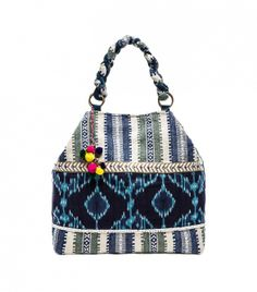 You've gotta wear this with your white jeans! // Stela 9 Shiva Tote
