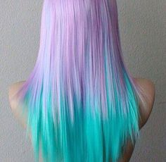 This hair reminds me of the ocean ! I love it I really want to dye my hair. Hair Dye Colors, Cool Hair Color, Bright Hair, Pastel Hair, Bright Purple, Colorful Hair, Ombre Hair, Purple Ombre, Pale Pink