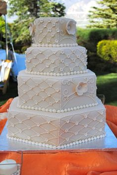 hexagon wedding cakes | ivory hexagon cake i loved making this cake the bride chose ivory ...
