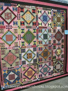 A VERY QUILTY DAY~ Blindman's Fancy quilt made by Colleen Henrichs. October 3, 2013