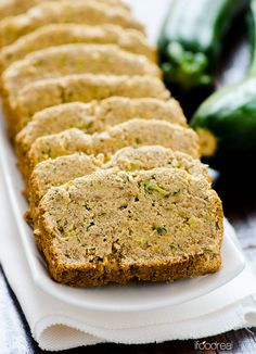 Healthy Moist Zucchini Banana Bread -- Rich in fiber, low in fat and sugar without sacrificing the flavour. You will not believe how healthy, easy and moist this vegan bread is. Zucchini Banana Bread, Healthy Zucchini, Banana Bread Recipes, Zuchinni Bread, Vegan Baking, Healthy Baking, Healthy Treats, Bread Baking, Real Food Recipes