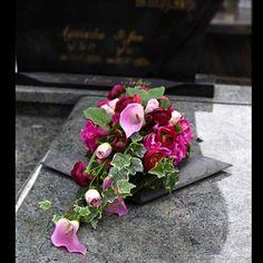 Dekoracja nagrobna Nr 622 - Greendeco - IN STYLE Casket Flowers, Funeral Flowers, Creative Flower Arrangements, Grave Decorations, Funeral Arrangements, Giant Paper Flowers, Fall Flowers, Calla Lily, Ikebana