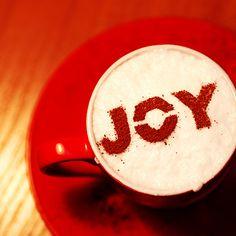 Joy. Latte Art - beautiful. Stecil Coffee. http://loover.fr