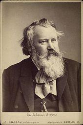 JOHANNES BRAHMS (Hamburgo, 7 de maio de 1833 — Viena, 3 de abril de 1897) foi um compositor alemão, uma das mais importantes figuras do romantismo musical europeu do século XIX e da história da Musica.