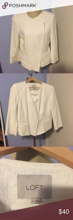 LOFT jacket Adorable white jacket from LOFT. Only worn once. Nice quality. Great over dresses or business casual outfits. Purchased for $108 LOFT Jackets & Coats Blazers
