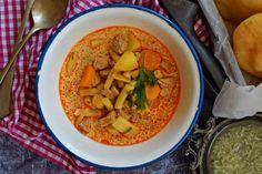 Kedvencünk, a palócleves | Rupáner-konyha Thai Red Curry, Cupcake, Veggies, Meat, Ethnic Recipes, Soups, Blog, Vegetable Recipes, Cupcakes