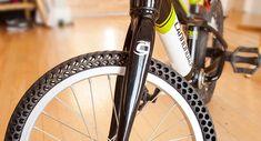 Inventan un neumático para bicicletas que no puede pincharse porque no usa aire
