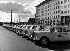 Mercedes-Benz vahvasti mukana taksin 100-vuotisjuhlissa Suomessa - Veho Oy Ab