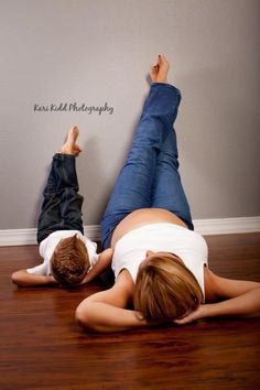 Show Off Your Bump: 10 Photos From A Fun Maternity Shoot With A Miracle Bump