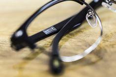 c570696ddf5 Retro round Barbour International glasses