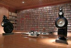 High end audio audiophile B&W Nautilus