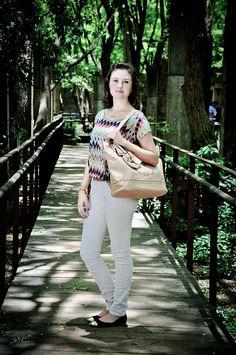 Confira e inspire-se no look do dia com a Bolsa de Coruja super charmosa !!!  http://blogcharmedalu.com.br/look-do-dia-bolsa-de-coruja-cinto-com-spike-e-acessorios-delicados/