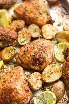 One Sheet Pan Roasted Za'atar Chicken and Potatoes one-pan roasted lemon garlic chicken and potatoes- replace za'atar seasoning with house seasoning and roast for 45 minutes at 425 Zatar Recipes, Potato Recipes, Chicken Recipes, Chicken Meals, Chicken Potatoes, Baby Potatoes, Roasted Chicken Thighs, Potato Dinner, Sheet Pan Suppers