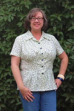 Dress pattern Butterick 5846 as a blouse. Jeanne Marie's Sewing Studio at jmsewingstudio.com.