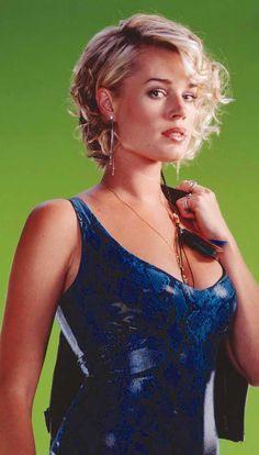 blonde amateur Rebecca