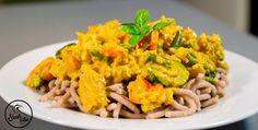 Zöldséges csirkemell kókusztejjel    Recept:   Hozzávalók (4 adaghoz):   850 g csirkemell (hallal helyettesíthető) 450 g brokkoli (bármilyen zöldséggel helyettesíthető) 1/4 csomag Szafi Fitt Curry madras fűszerkeverék(Curry madras fűszerkeverék ITT!) ízlés szerint só 300 g kókusz