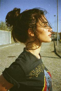 Pinterest//@ashimina//❣ Moño desordenado