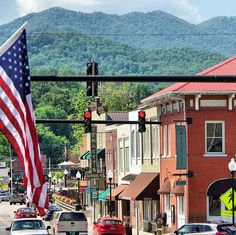Happy from Bryson City! start at tonight after an performance by in downtown. Nc Mountains, Great Smoky Mountains, Bryson City Nc, Mountain Vacations, Our Town, Lodges, Travel Guides, Fireworks, Devil