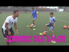 COMO MEJORAR EL DOMINIO DEL BALON DE FUTBOL NIÑOS - YouTube U7 Soccer Drills, First Football, Youtube, Kara, Training, Soccer, Sports, Old Men, Zapatos