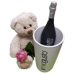 Quality Fruit Baskets. Beer 7  Knuffel 45 cm Grote witte knuffelbeer met roze roos, een heerlijke fles Prosecco spumante en een bijpassende trendy ijsemmer Deze beer is ongeveer 45cm heerlijk zacht en van een goede kwaliteit! Met dit cadeau maak je een verpletterende en onuitwisbare indruk