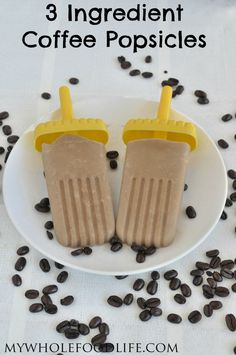 3 Ingredient Coffee Popsicles ::Ingredients:: 1 can full fat coconut milk T maple syrup 1 cup strong brewed coffee Frozen Desserts, Frozen Treats, Healthy Desserts, Delicious Desserts, Dessert Recipes, Yummy Food, Cold Desserts, Yummy Treats, Sweet Treats