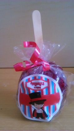 Maçã Personalizada de Caramelo