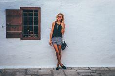 Photo By Nick Karvounis | Unsplash   #modellingschooltangerang #modellingfeet #modellingasia #modellingworks #modellingjakarta
