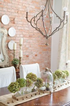 Fall dining room decorating ideas. Also tips on how to dry hydrangeas.