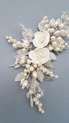 Bridal Hair Comb > Ivory Pearl Bridal hair comb Buy from e-shop Bridal Hair Updo, Bridal Headpieces, Wedding Hair Flowers, Wedding Hair Pieces, Flower Hair Accessories, Wedding Hair Accessories, Pearl Flower, Bridal Jewelry, Marie