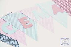 Prepara tus propios banderines - Tutéate Diy, Blog, Pets, Craft, Alphabet, Everything, Pattern Cutting, Pom Poms, Illusions