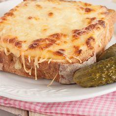 Croque-monsieur Knacki® et gruyère Sandwich Croque Monsieur, Turkey Burgers, Street Food, Entrees, Sandwiches, Tacos, Pizza, Menu, Cheese