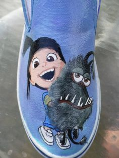 Despicable Me 2 Agnes Minions Gru's Dog Kyle Custom Painted Toms Vans Shoes Painted Toms, Hand Painted Shoes, Crazy Shoes, Me Too Shoes, Minion Shoes, Shoe Makeover, Vanz, Cool Vans, Disney Shoes