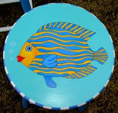 Cute stool with painted fish Hand Painted Chairs, Whimsical Painted Furniture, Painted Stools, Hand Painted Furniture, Paint Furniture, Beach Furniture, Funky Furniture, Recycled Furniture, Furniture Projects