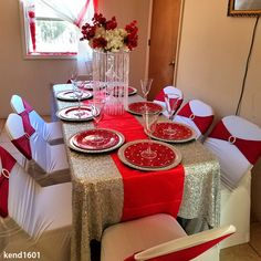 Red Table Decorations, Red Centerpieces, Quince Decorations, Gold Christmas Decorations, Home Wedding Decorations, Christmas Table Settings, Romantic Dinner Setting, Grey Wedding Decor, Chair Sashes