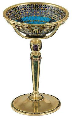 http://omgthatartifact.tumblr.com/post/13204238366/goblet-louis-comfort-tiffany-1911-christies