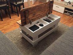 Der Absolute Eye-Catcher vor Ihrer Couch oder Wohnlandschaft  Das schlichte aber dennoch moderne Design dieses Couchtisches wird durch eine praktische Funktion zum perfekten...