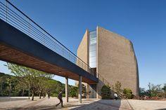 BUFS Chapel  / Architects Group RAUM + Nikken Sekkei