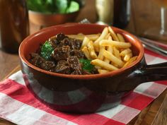 <p>Waffles, fries, chocolate, beer…there's more to Belgium than junk food. Here are 10 traditional Belgian dishes you should try when you visit.</p>