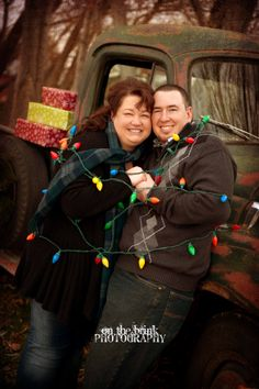 2013 Holiday Mini Sessions from On The Brink Photography!  Merry Christmas!  Rustic Christmas!  Utah Portrait Photographer