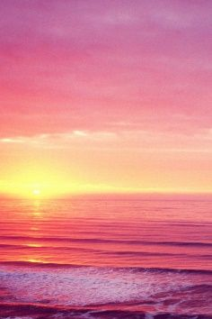 Inspired by nature. Beautiful sky in shades of red and pink. Beautiful Sunset, Beautiful World, Beautiful Places, Photographie Bokeh, Pink Sunset, Pink Sky, Ocean Sunset, Pink Ocean, Pink Yellow