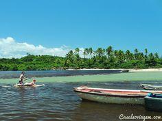 """Quem não gosta das praias da Bahia? Um lugar paradisíaco, o litoral baianoé realmente fantástico e possui belezas para todos os gostos. Nós do blog Casal só Viagem adoramos esse estado e sempre que podemos damos uma escapadinha para lá. Depois de termos ficado encantado com as belezas deItacaré, resolvemosexplorar uma das primeiras vilas brasileira,...<br /><a class=""""more-link""""…"""