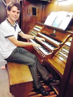 """""""console of the organ in the Lutherkirche in Chemnitz (Germany), made by Sauer in 1908."""" - OrganMaster Shoes Customer"""