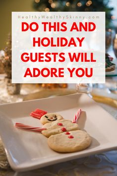 The holiday season is the time for family and friends to travel and stay with relatives. Discover how to prep your home for holiday guests. Living Room Grey, Living Room Decor, Bedroom Decor, Thanksgiving Tablescapes, Thanksgiving Sides, Organization Hacks, Organizing Tips, Best Turkey, Declutter Your Life